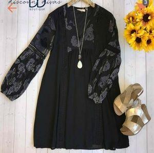 Black long sleeve dress